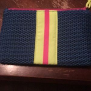 Ipsy cosmetic mesh bag with inside cover zipper